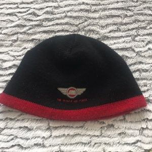 Black and red hat